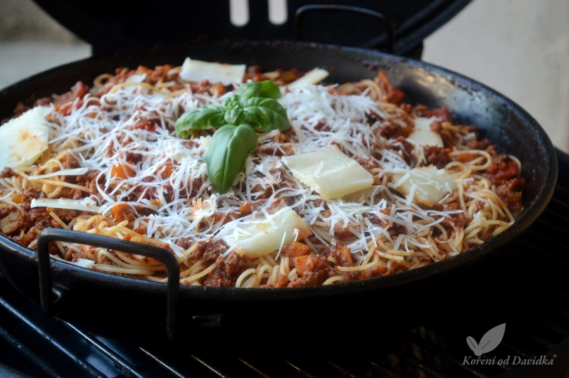 Boloňské špagety v  grilu